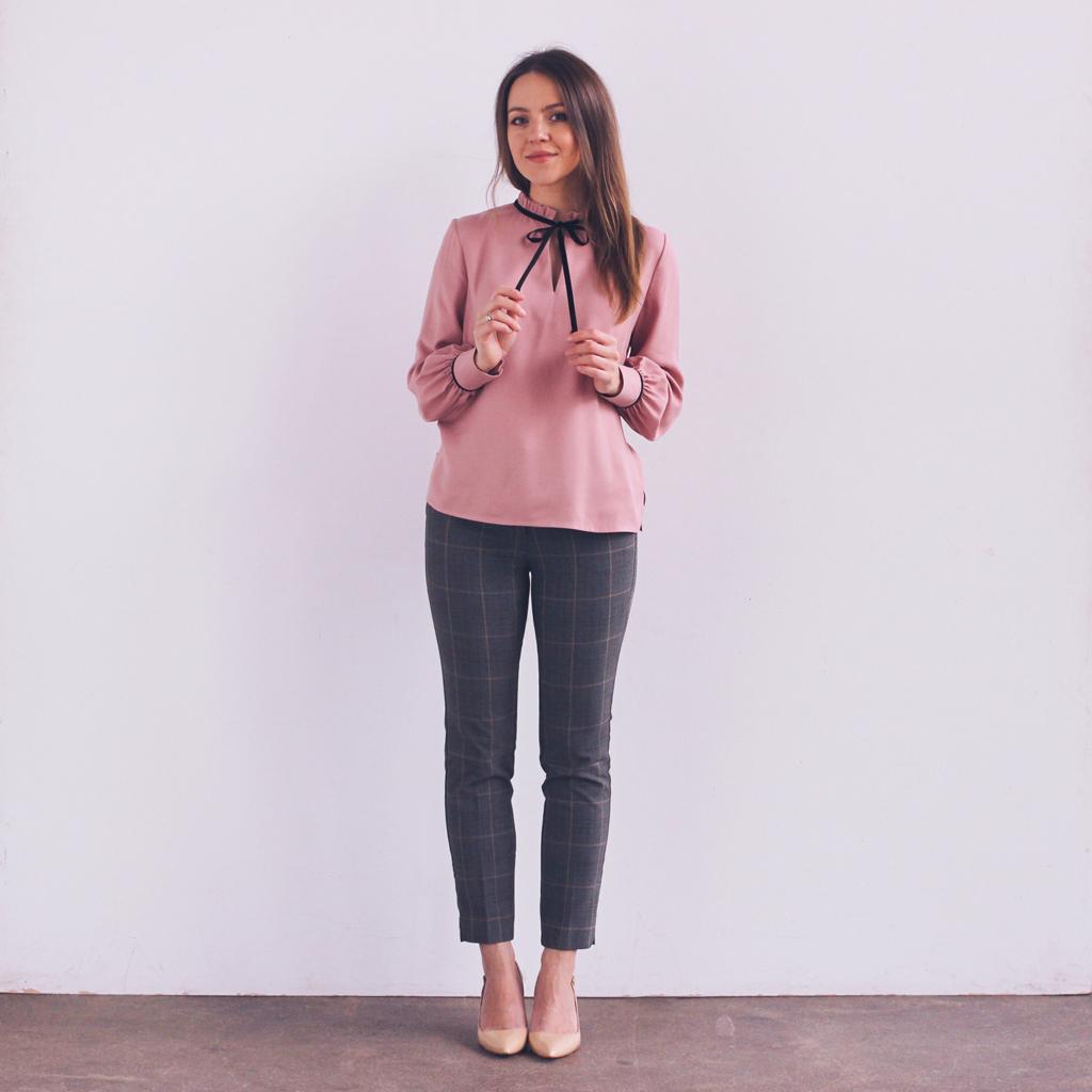 Paryżanka, moda we francuskim stylu, francuska moda, elegancka bluzka, co na święta ubrać, stylizacja 2021