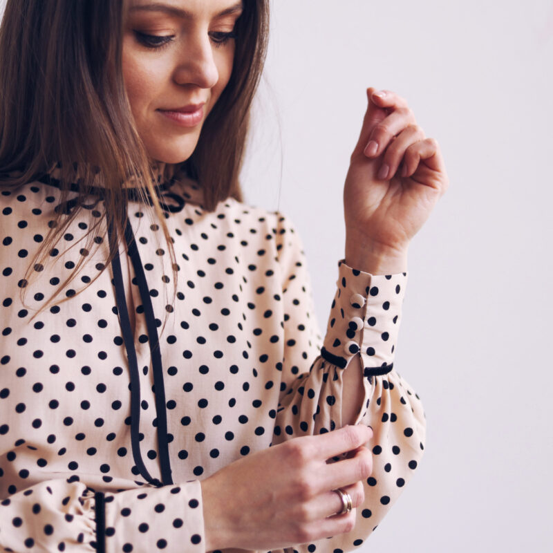 Bluzka w kropki, groszki, Paryżanka, francuski styl, elegancka, wiązana